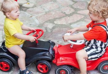 Verkehrspraxis gewinnen – auf Erkundungstour mit dem Rutschauto