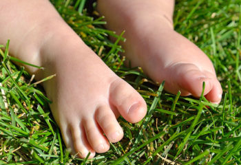 Fördern Sie die Fußbeweglichkeit mit dem Grasspiel